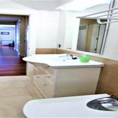 Отель MC YOLO Apartamento Ronda Atocha Испания, Мадрид - отзывы, цены и фото номеров - забронировать отель MC YOLO Apartamento Ronda Atocha онлайн ванная