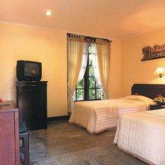 Отель The Seminyak Beach Resort & Spa удобства в номере