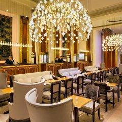 Отель Barriere Le Majestic Франция, Канны - 8 отзывов об отеле, цены и фото номеров - забронировать отель Barriere Le Majestic онлайн гостиничный бар