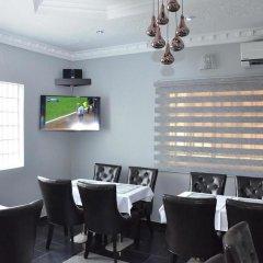 Platinum Inn Gee Hotel гостиничный бар