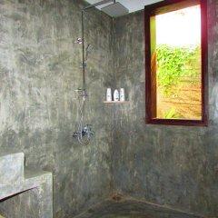 Отель Red Flower Cottages Homestay ванная