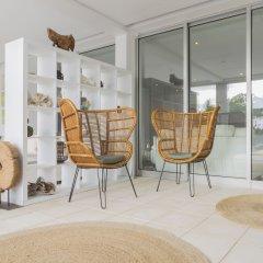 Отель White Exclusive Suite & Villas балкон