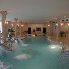 Отель Bristol Palace бассейн