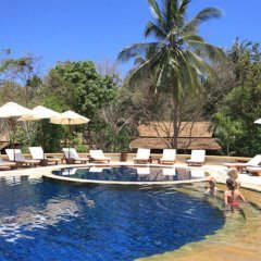 Отель Sensi Paradise Beach Resort бассейн