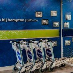 Отель Hampton by Hilton Amsterdam Airport Schiphol спортивное сооружение