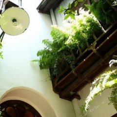 Отель The Bhuthorn Bed and Breakfast