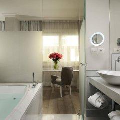 Отель Ponte Vecchio Suites & Spa Италия, Флоренция - отзывы, цены и фото номеров - забронировать отель Ponte Vecchio Suites & Spa онлайн ванная