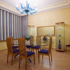 Отель Lahoya Homes интерьер отеля