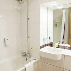 Отель Premier Inn Manchester Airport Runger Lane South ванная