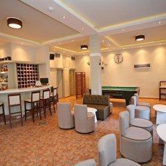 Отель Adonis гостиничный бар