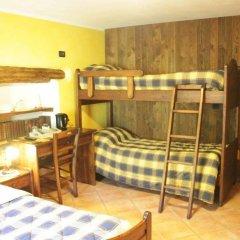 Отель Chambres D'hotes Les Fleurs Грессан комната для гостей фото 4