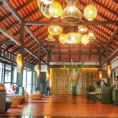 Отель D Varee Mai Khao Beach интерьер отеля