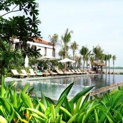 Отель Vinh Hung Emerald Resort Хойан приотельная территория фото 2