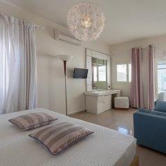 Отель Anemos Beach Lounge Hotel Греция, Остров Санторини - отзывы, цены и фото номеров - забронировать отель Anemos Beach Lounge Hotel онлайн комната для гостей фото 2