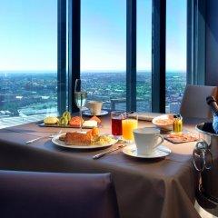 Eurostars Madrid Tower Hotel в номере