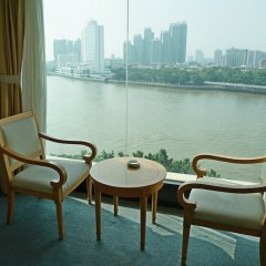 Отель Jiangyue Hotel - Guangzhou Китай, Гуанчжоу - отзывы, цены и фото номеров - забронировать отель Jiangyue Hotel - Guangzhou онлайн балкон