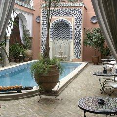 Отель Riad Dar Alfarah Марокко, Марракеш - отзывы, цены и фото номеров - забронировать отель Riad Dar Alfarah онлайн бассейн фото 2