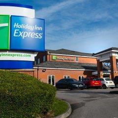 Отель Holiday Inn Express East Манчестер парковка