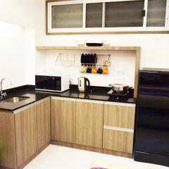 Отель Family Suite Room Pratunam Бангкок в номере