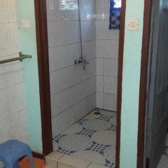 Отель Almond Tree Guest House ванная