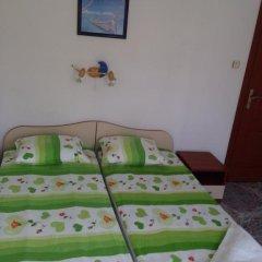 Отель Kozarov House Болгария, Свети Влас - отзывы, цены и фото номеров - забронировать отель Kozarov House онлайн комната для гостей фото 4
