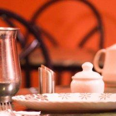 Отель Mansarover Непал, Катманду - отзывы, цены и фото номеров - забронировать отель Mansarover онлайн питание