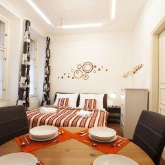Апартаменты Vltava Apartments Prague комната для гостей фото 2