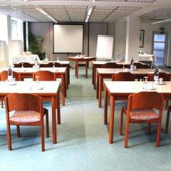 Отель SensCity Hotel Berlin Spandau Германия, Берлин - отзывы, цены и фото номеров - забронировать отель SensCity Hotel Berlin Spandau онлайн помещение для мероприятий фото 2