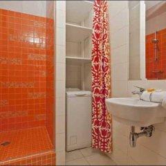 Отель P&O Apartments Piekarska Польша, Варшава - отзывы, цены и фото номеров - забронировать отель P&O Apartments Piekarska онлайн ванная фото 2