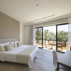 Venus Beach Hotel комната для гостей