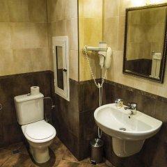 Отель Gloria Palace Hotel Болгария, София - 3 отзыва об отеле, цены и фото номеров - забронировать отель Gloria Palace Hotel онлайн ванная
