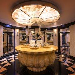 L'Hotel du Collectionneur Arc de Triomphe интерьер отеля фото 2