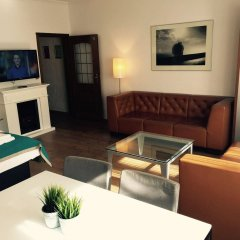 Отель Dom Hotel Am Römerbrunnen Германия, Кёльн - 1 отзыв об отеле, цены и фото номеров - забронировать отель Dom Hotel Am Römerbrunnen онлайн комната для гостей фото 2
