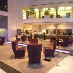 Отель Hilton Sofia Болгария, София - отзывы, цены и фото номеров - забронировать отель Hilton Sofia онлайн интерьер отеля фото 2