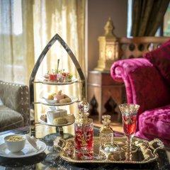 Отель The Palace Downtown Дубай в номере
