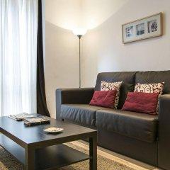 Отель Aptos Alcam Alio Барселона комната для гостей фото 3