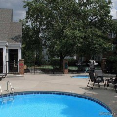 Отель Homewood Suites Columbus-Worthington Колумбус бассейн