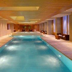Отель Grand Hyatt Guangzhou Гуанчжоу бассейн