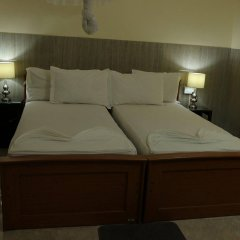 Отель French Garden Tourist Rest Анурадхапура комната для гостей фото 3