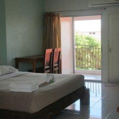 Отель Sophon.19 Apartment (Baan Klang Noen) Таиланд, Паттайя - отзывы, цены и фото номеров - забронировать отель Sophon.19 Apartment (Baan Klang Noen) онлайн комната для гостей фото 5