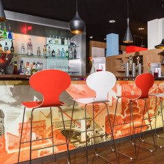 Отель ibis München City Süd гостиничный бар фото 2