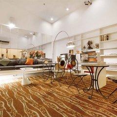 Отель D Varee Xpress Makkasan Бангкок в номере