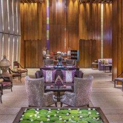 Отель Siam Kempinski Hotel Bangkok Таиланд, Бангкок - 1 отзыв об отеле, цены и фото номеров - забронировать отель Siam Kempinski Hotel Bangkok онлайн гостиничный бар
