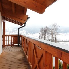 Отель Avenida Panorama Chalets by Alpin Rentals Австрия, Пизендорф - отзывы, цены и фото номеров - забронировать отель Avenida Panorama Chalets by Alpin Rentals онлайн балкон