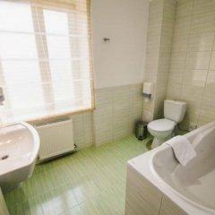 Гостиница Reikartz Мариуполь Украина, Мариуполь - отзывы, цены и фото номеров - забронировать гостиницу Reikartz Мариуполь онлайн ванная фото 2