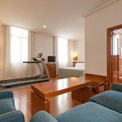 Отель Tryp Madrid Atocha Hotel Испания, Мадрид - 8 отзывов об отеле, цены и фото номеров - забронировать отель Tryp Madrid Atocha Hotel онлайн фитнесс-зал