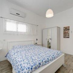 1 Bedroom Apartment With Balcony Израиль, Тель-Авив - отзывы, цены и фото номеров - забронировать отель 1 Bedroom Apartment With Balcony онлайн комната для гостей фото 2