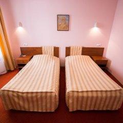 Гостиница Парк в Анапе 3 отзыва об отеле, цены и фото номеров - забронировать гостиницу Парк онлайн Анапа комната для гостей фото 5