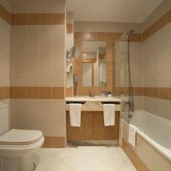 Отель Vila Galé Estoril Португалия, Эшторил - 1 отзыв об отеле, цены и фото номеров - забронировать отель Vila Galé Estoril онлайн ванная