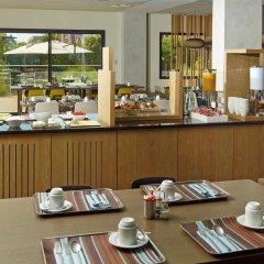 Отель Holiday Inn Express Toulouse Airport Франция, Бланьяк - отзывы, цены и фото номеров - забронировать отель Holiday Inn Express Toulouse Airport онлайн питание